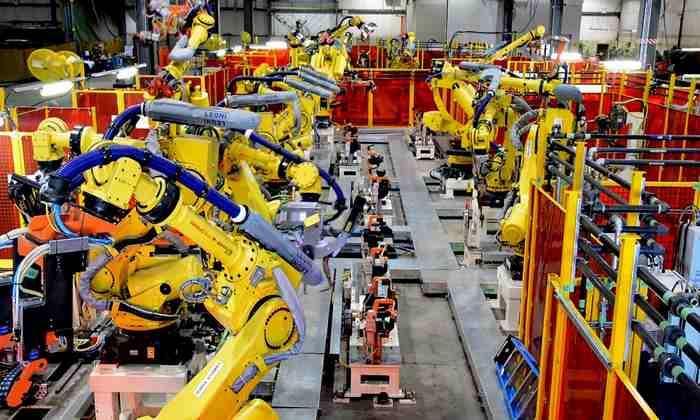 مزایای ربات صنعتی در واحد تولیدی